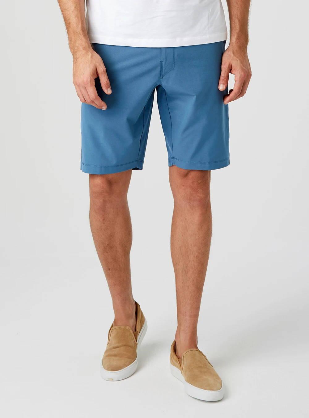 Coronado Hybrid Short