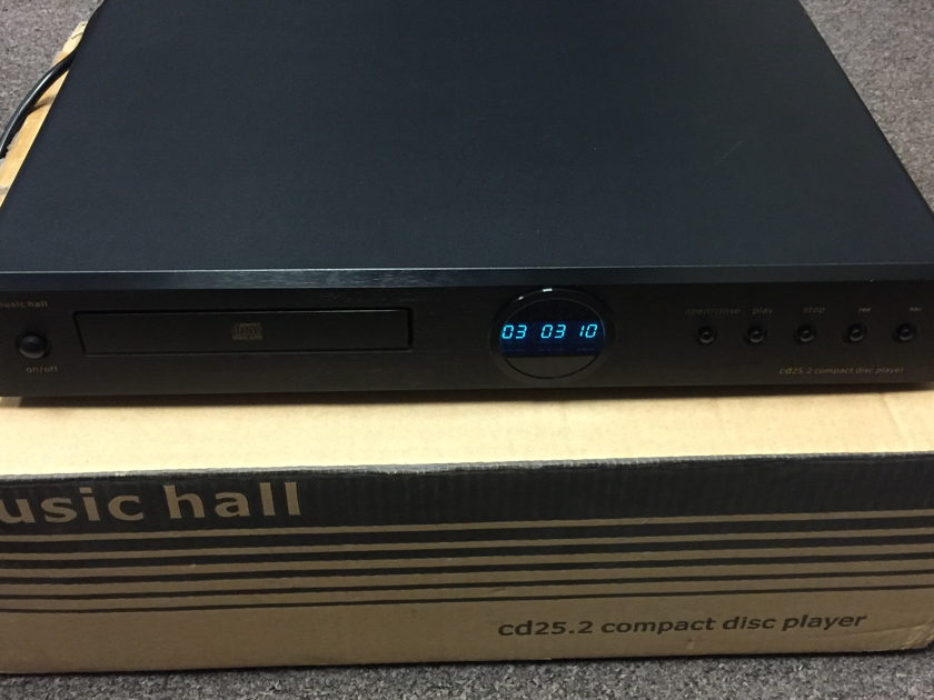 Music Hall cd25.2 CD Player with black faceplate