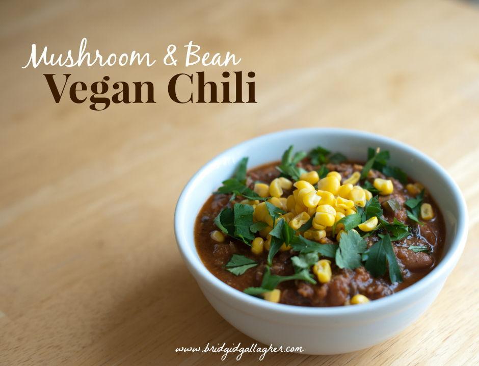 Mushroom and Bean Vegan Chili Recipe // www.bridgidgallagher.com