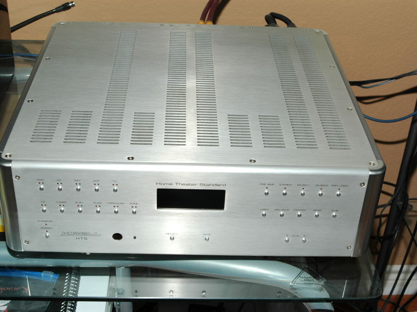 Krell HTS 7.1  surround  preamp processor