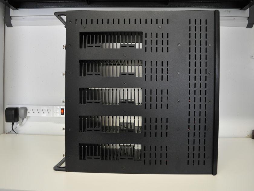 Bryston 9B-SST2 5 channel black 150 wpc amplifier w/blue LEDs
