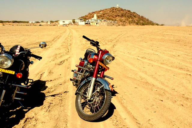 Motorcycle Tour Jaipur-Pushkar-Jaipur