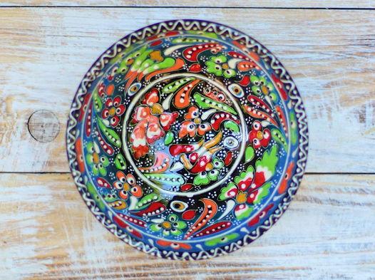 Маленькая разноцветная керамическая пиала (с узором)
