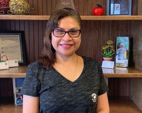 Julita Guzman , Kitchen Helper