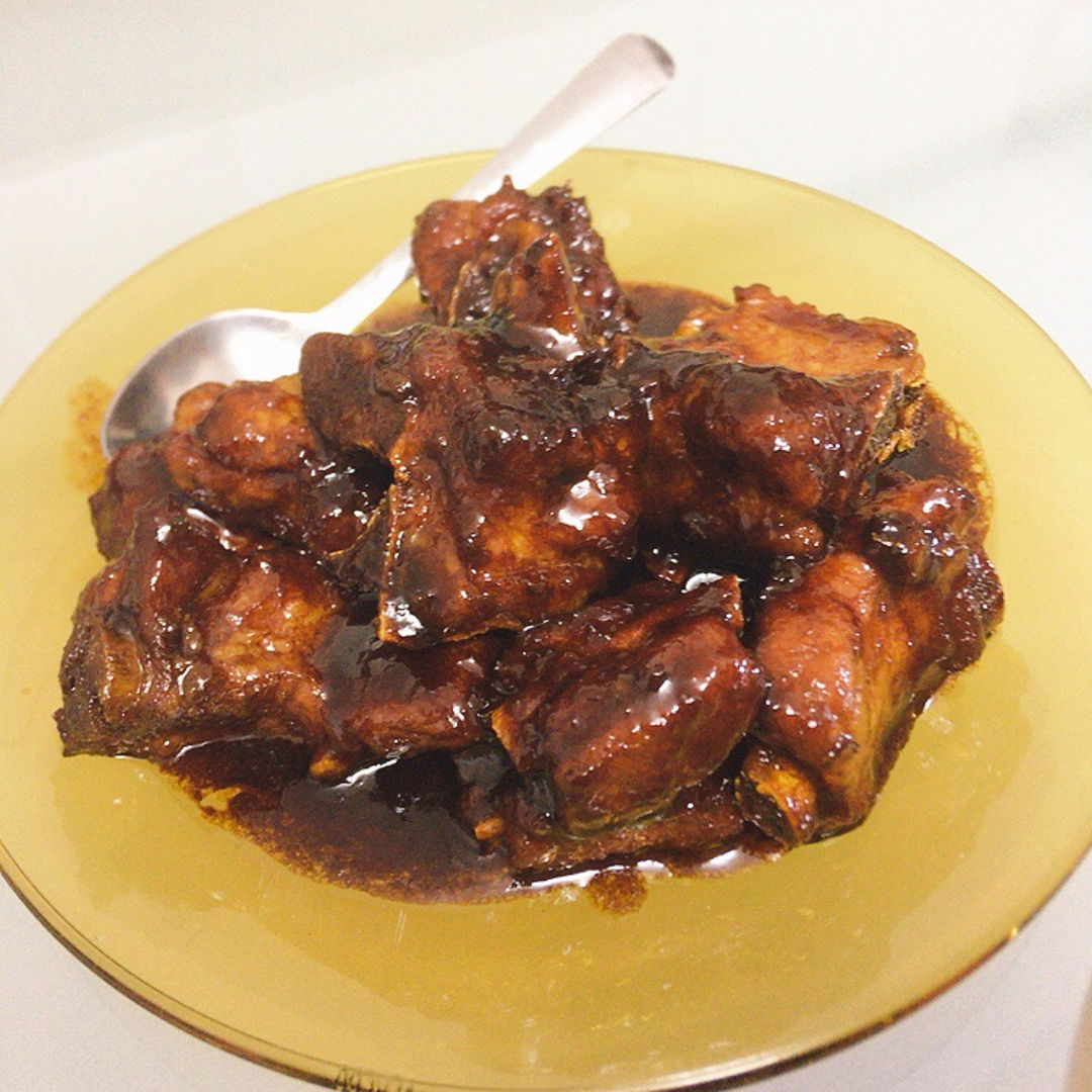Braised charsiew pork ribs.
