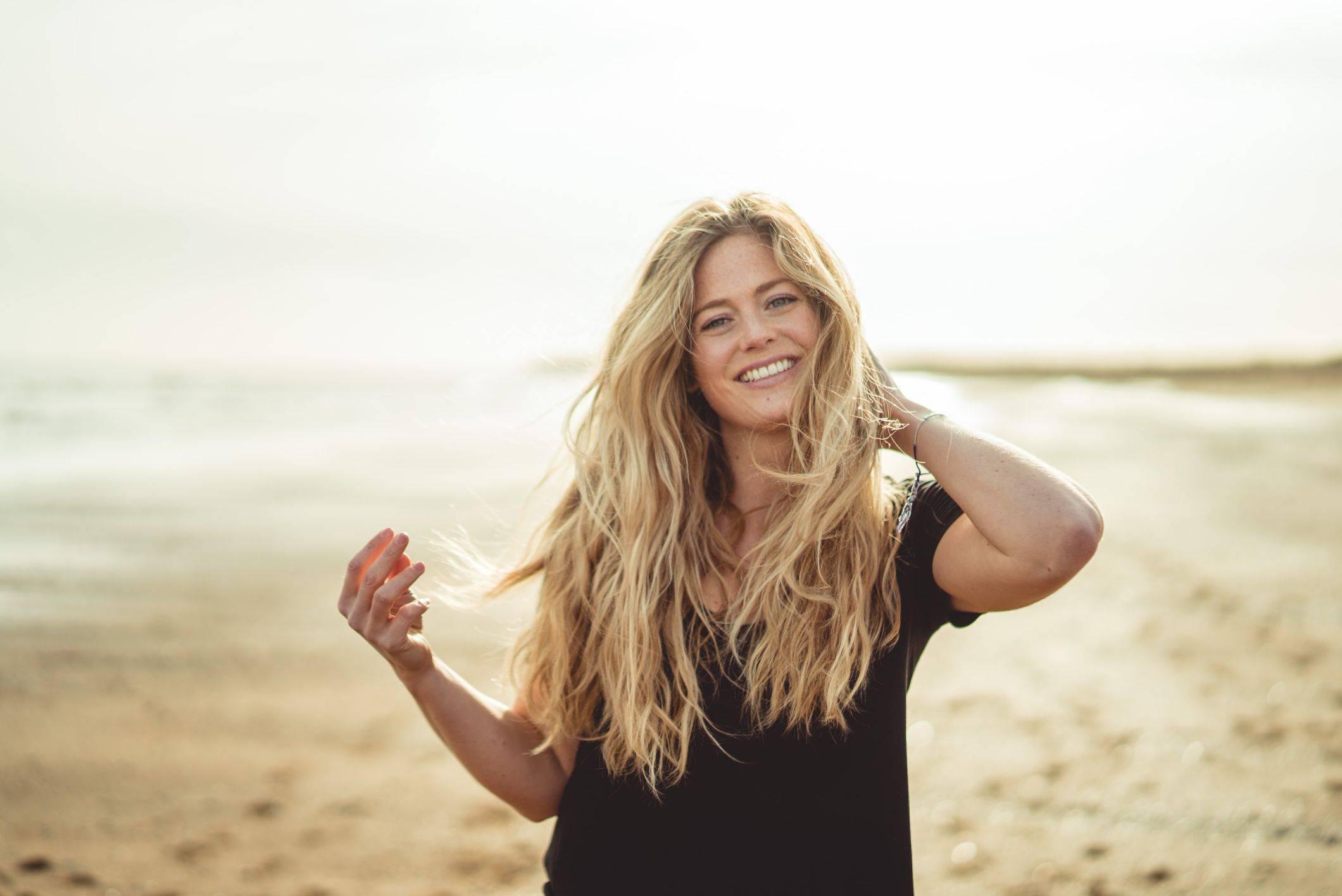 natural wavy hair uk beach