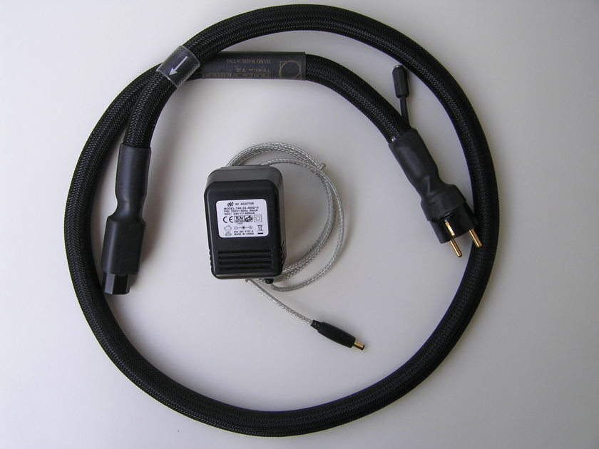 Synergistic Research Tesla T2 power cord  5ft. long with 15A IEC and Schuko plug, with European voltage MPC