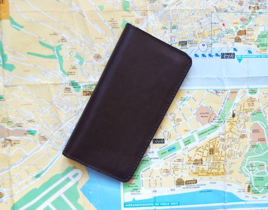 Кожаное коричневое портмоне Classic Brown