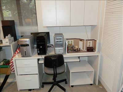 Desk system white