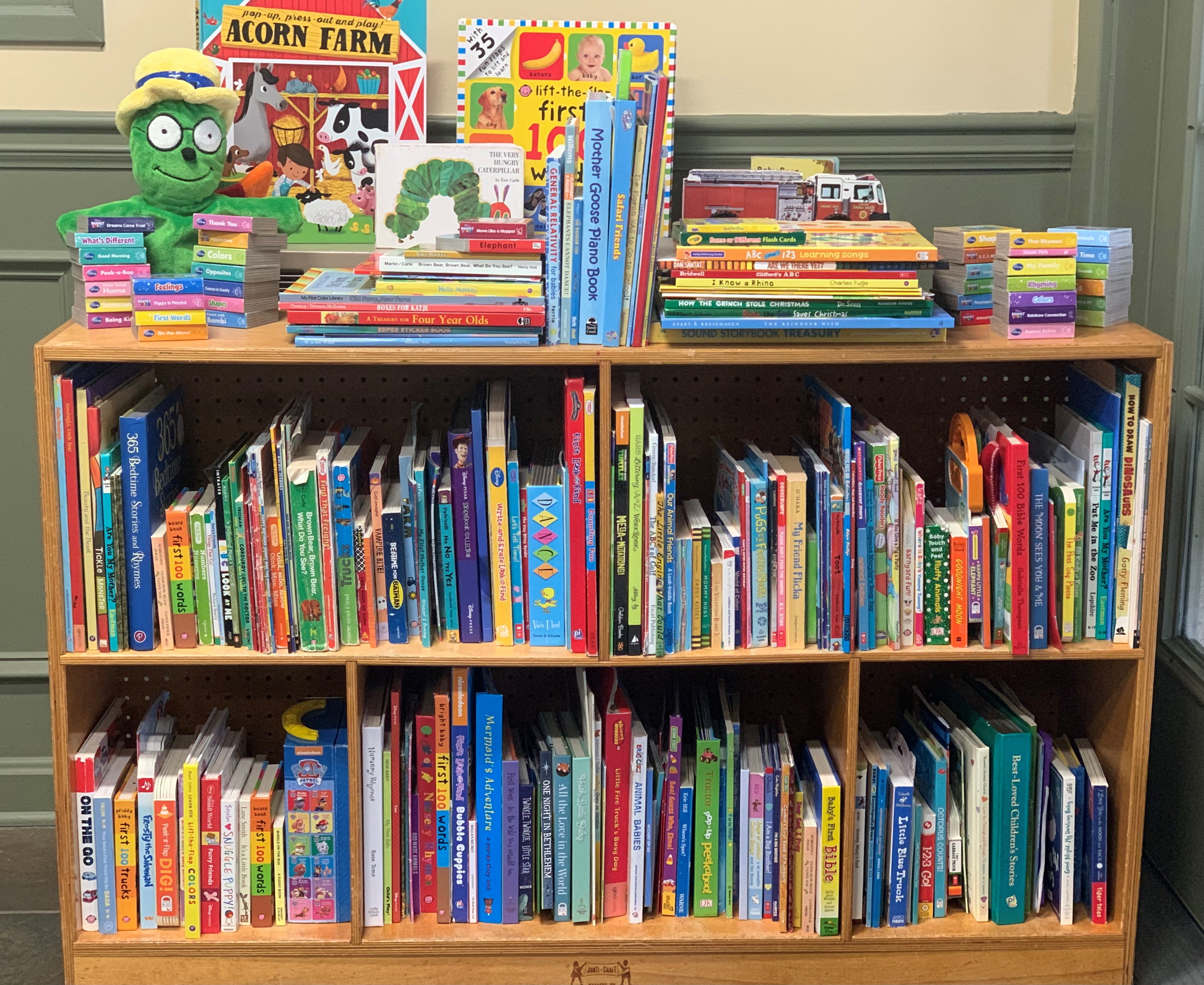 Og's Bountiful Book Drive Donation to MUST Ministries