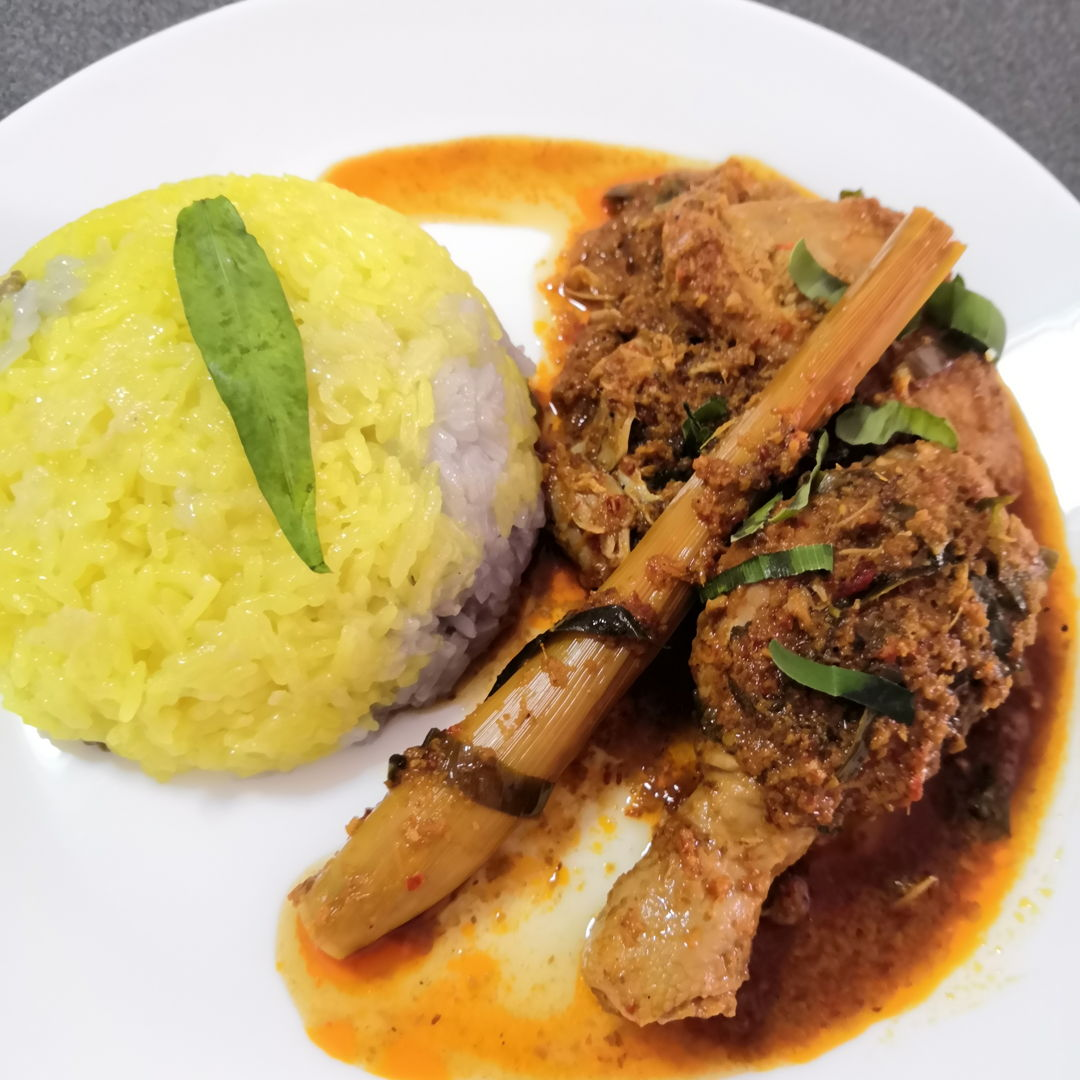 Chicken Rendang with Nasi Kunyit