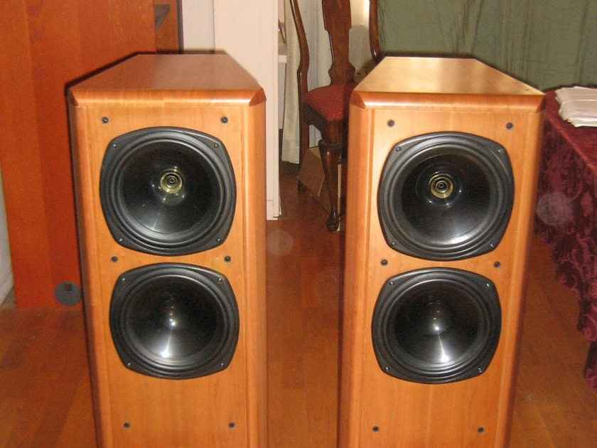 TANNOY  D700 3 Way Dual concentric Speakers NJ NY area pickup