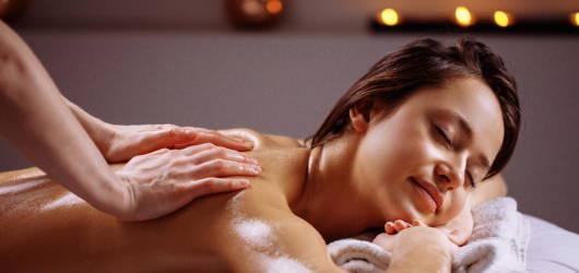 woman having aromatherapy massage