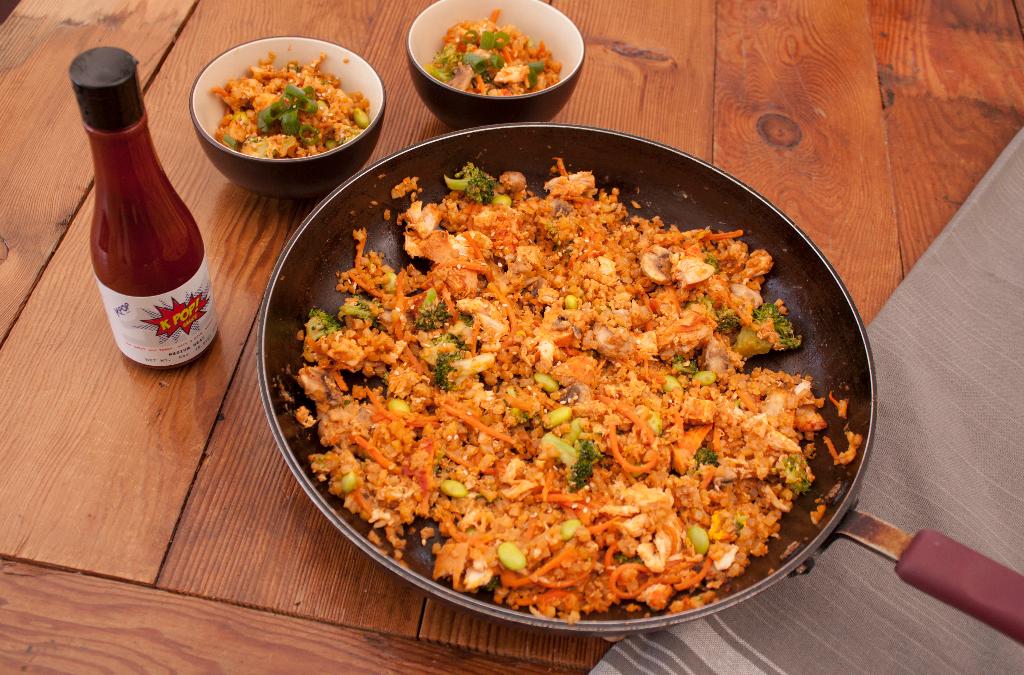 Crispy cauliflower fried rice with KPOP Sauce