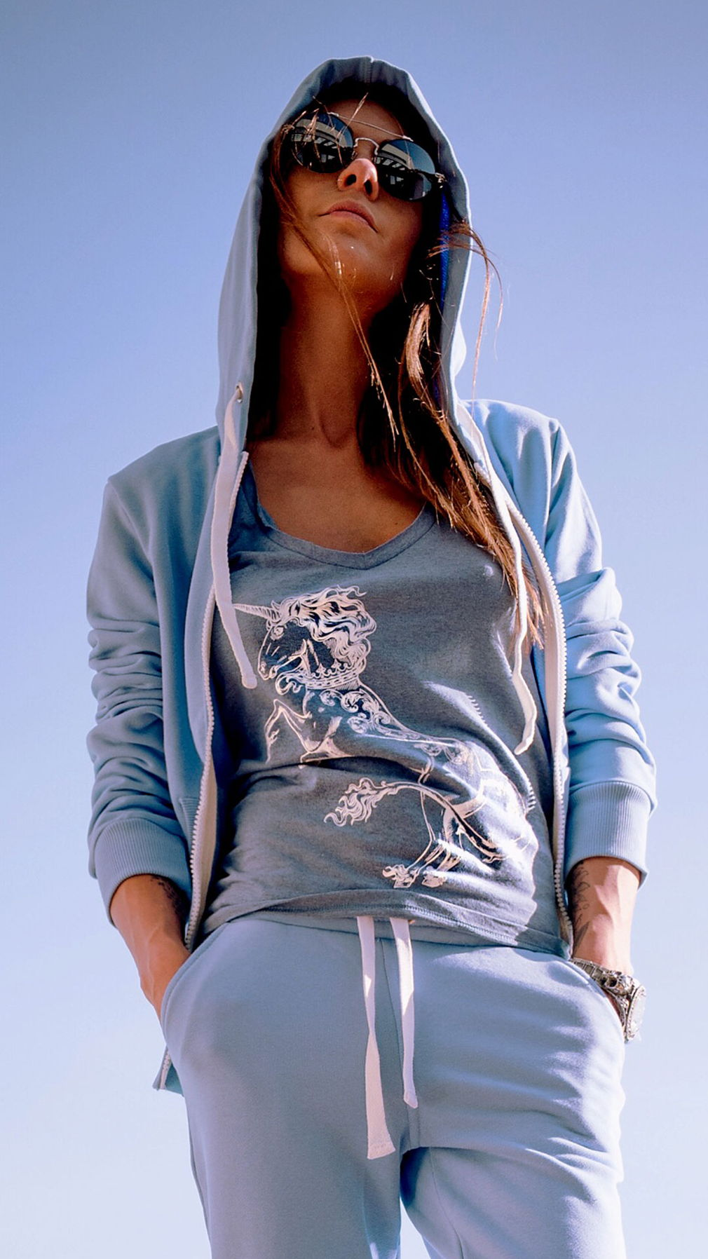 Голубая футболка Unicorn