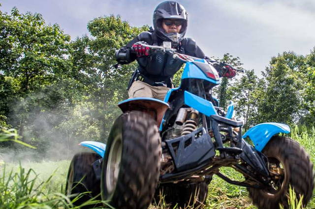 ATV Quad Bike driving in the countryside (DRIVER)