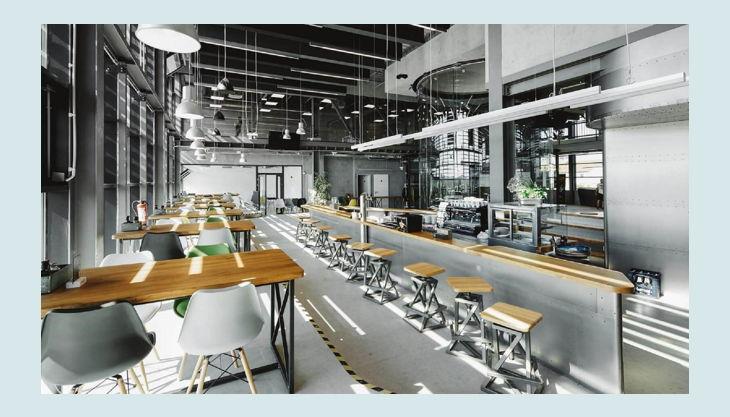 hurricane factory berlin bar und essbereich