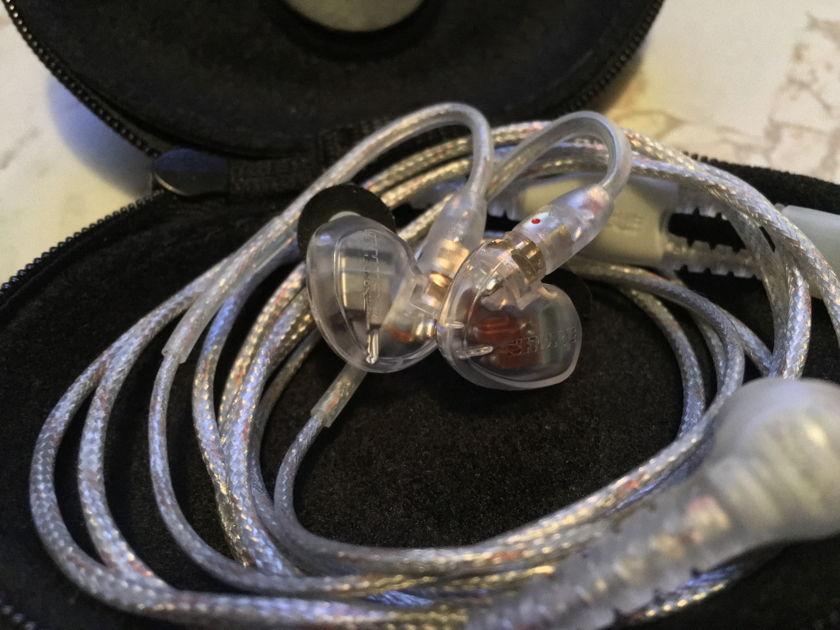 Shure SE425 + extra ear tips (M)