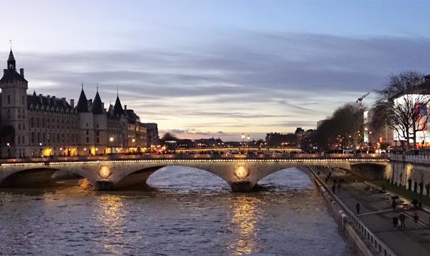 Прогулка по вечернему Парижу - вдоль Сены