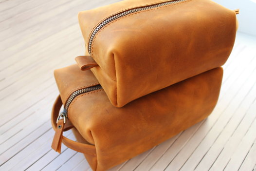 Dopp Kit large (несессер, косметичка унисекс) из натуральной кожи