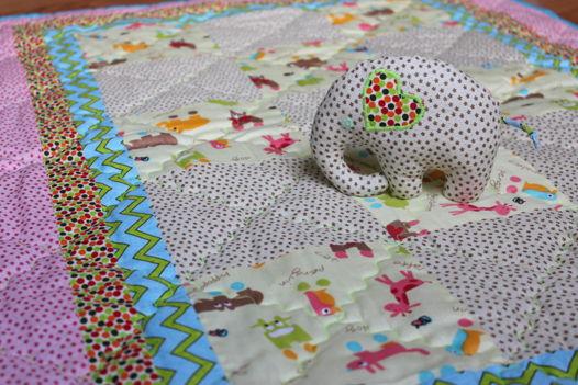 """Одеялко и игрушка для новорожденных """"Веселые  животные"""""""