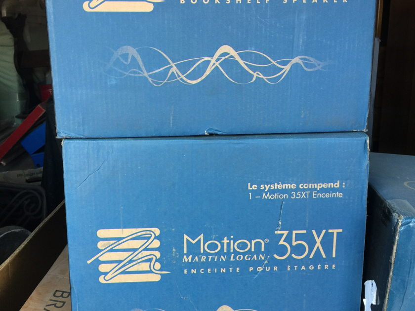 Martin Logan Motion 35XT Bookhelves