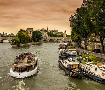 Париж: часовой круиз по Сене