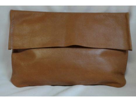 Bauxo Leather Clutch