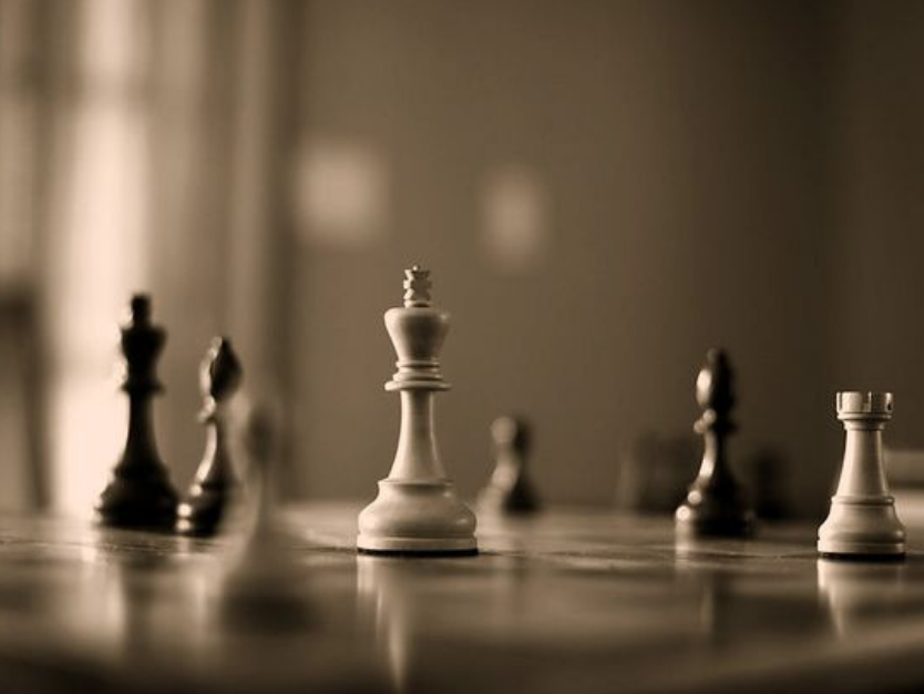 the-benefits-of-chess-in-education -curtainsnmore