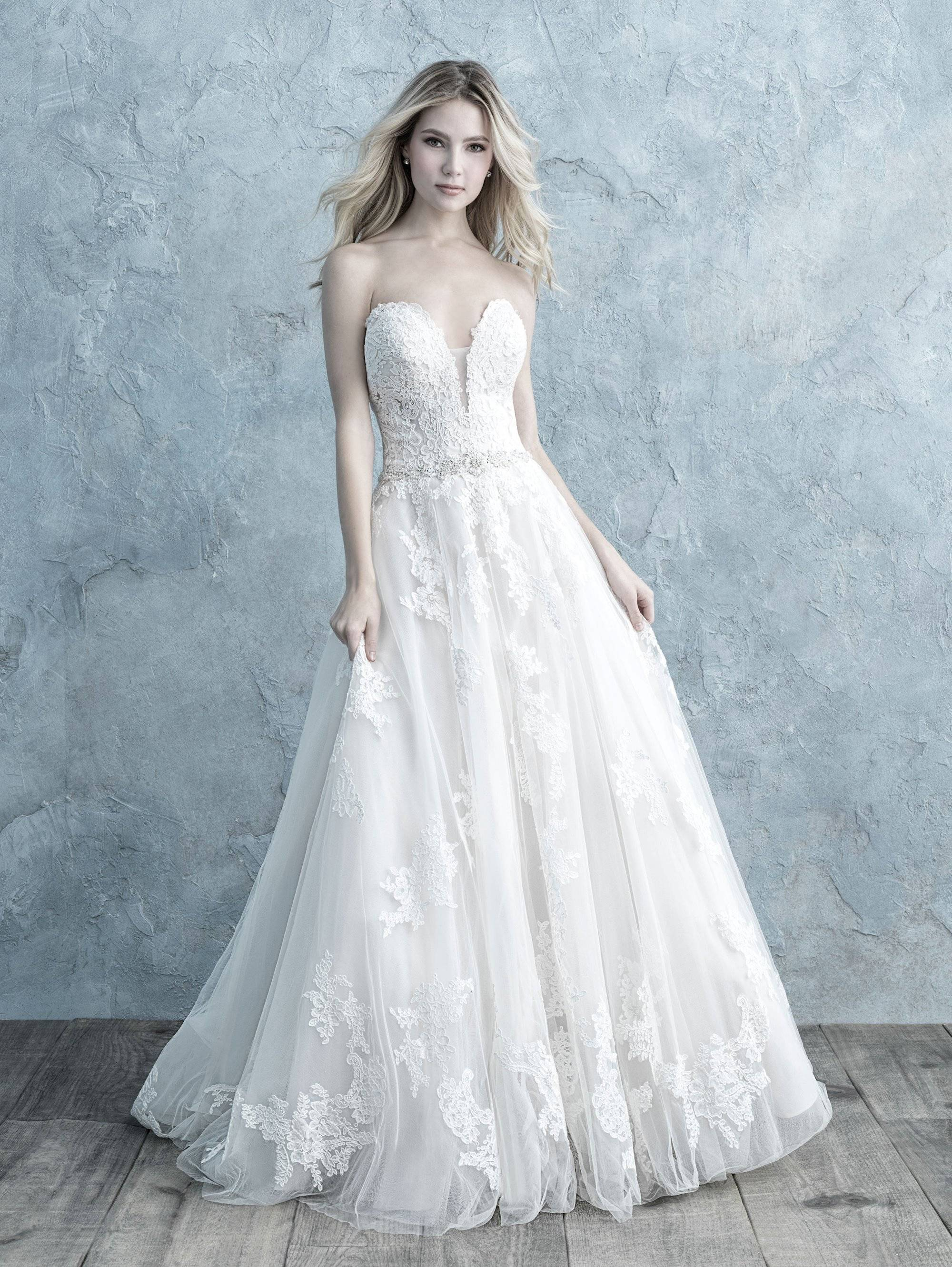 ALLURE  WEDDING DRESS 4318