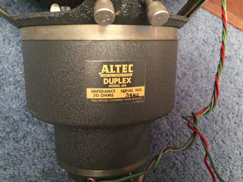Altec Lansing 604 & N-2000 B Crossover with 605 Cabinet