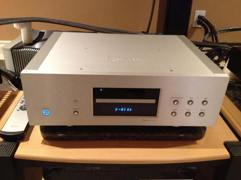 Esoteric X1 D2 cd/sacd player or Audio Aero Prestige Signature Edition