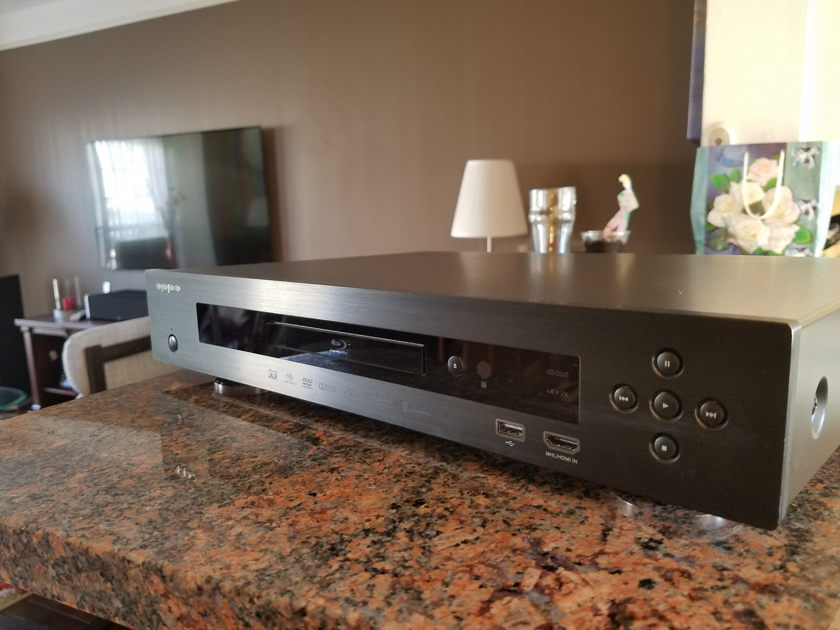 Oppo BluRay Player 103D  Darbee Edition