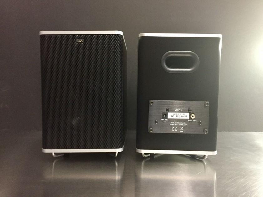 T+A Elektroakustik CS Mini Powered Monitors