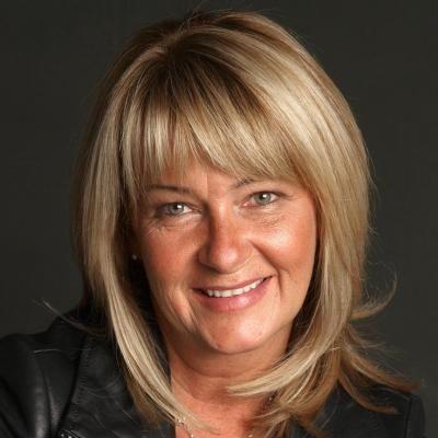 Diane Bougie  Real estate agent RE/MAX Signature