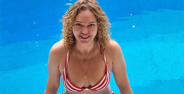 «Осмелилась»: постройневшая Алла Довлатова показала тело в купальнике - Новости радио OnAir.ru