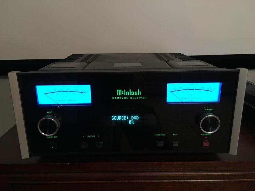 McIntosh MAC6700 Integrated Reciever w/Tuner