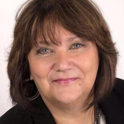 Monique Perron Courtier immobilier RE/MAX Platine