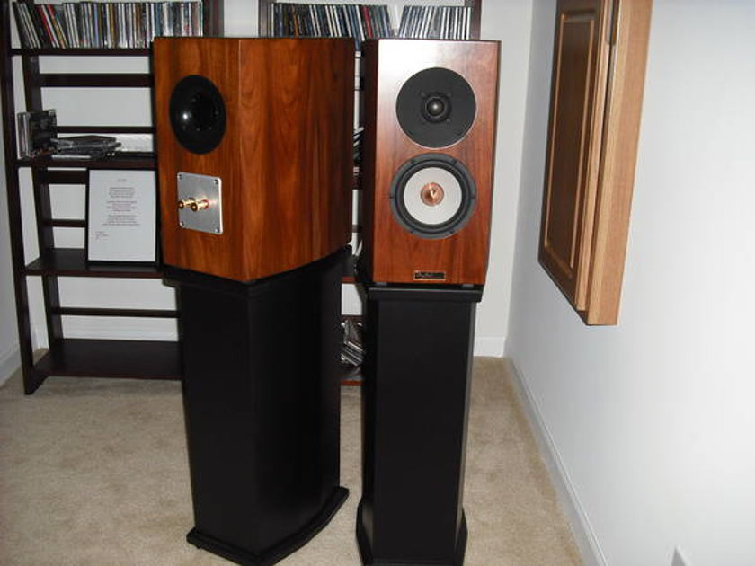 Tyler Acoustics Reference Monitor amazing monitor!