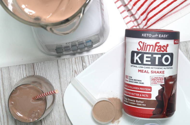 Keto Shake Mix- lifestyle image with blender
