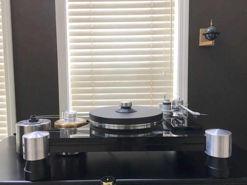 VPI Industries TNT Turntable with Flywheel and JMW memorial tonearm
