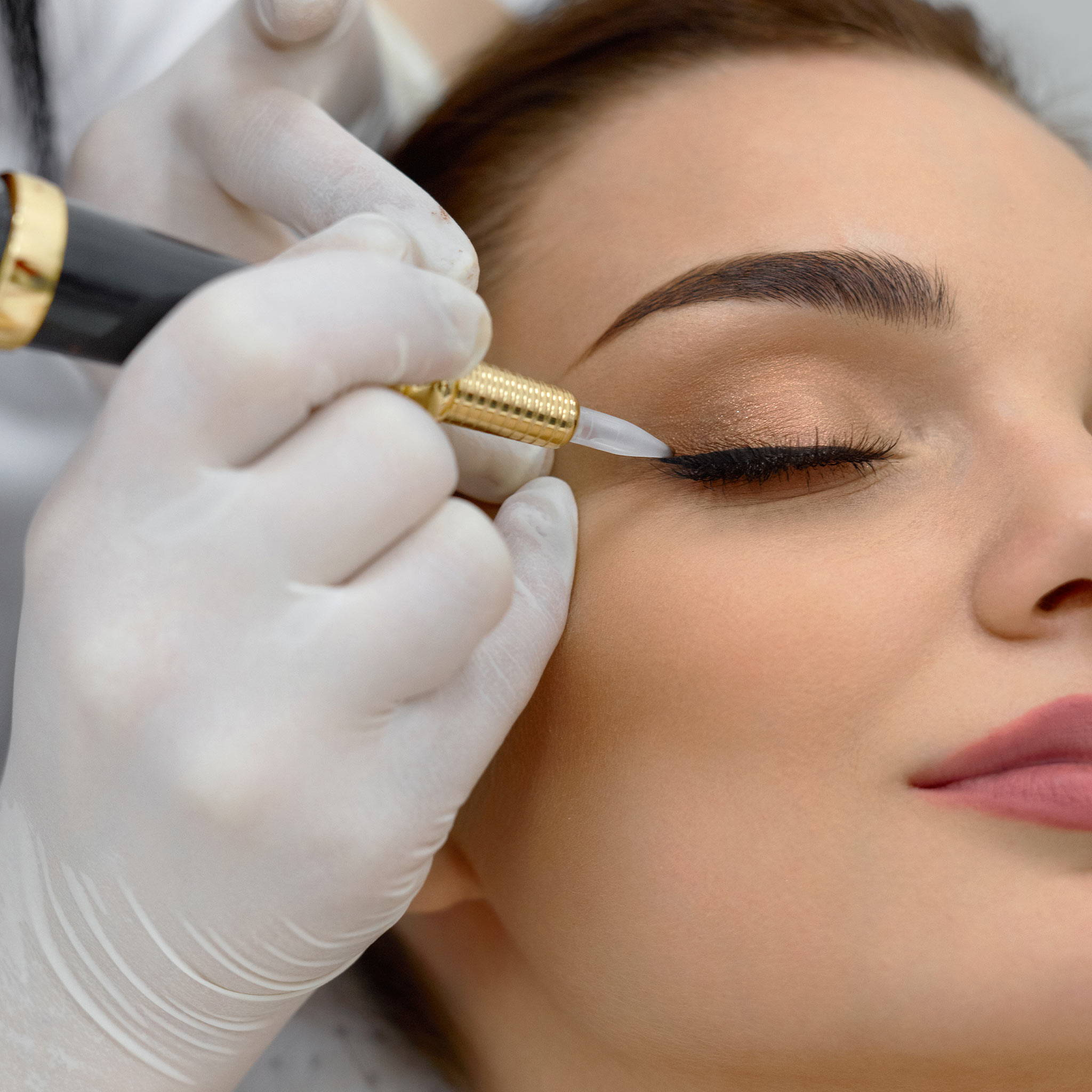 Microblading, Eyeliner
