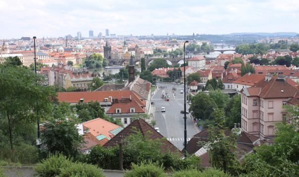 In vino veritas! Экскурсия по Праге с бокалом вина.
