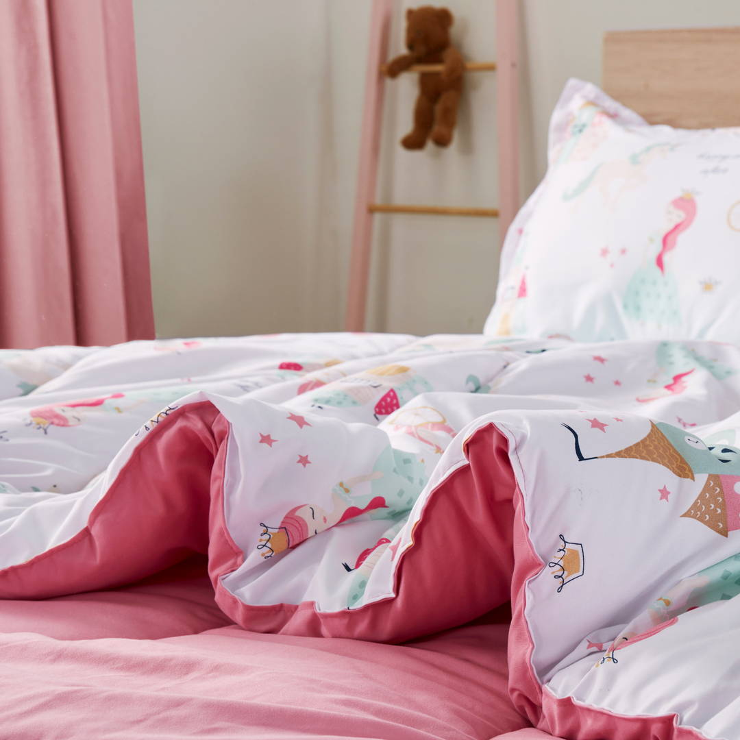 sleep zone bedding website store products collection princess dream kids comforter pink white  detail with pillow