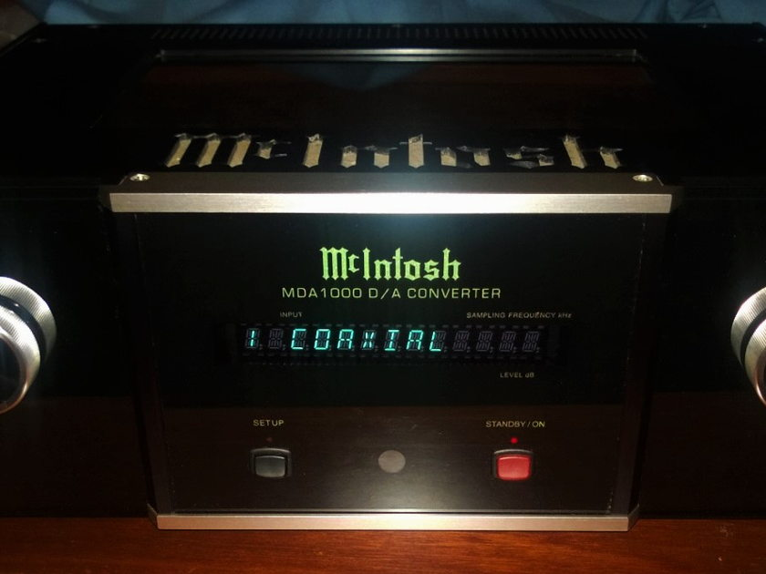McIntosh MDA-1000 PRICE DROP !!! Operationally & Superficially Excellent