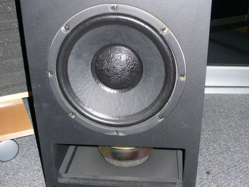 M&K MPS-5000 II Powered Subwoofer