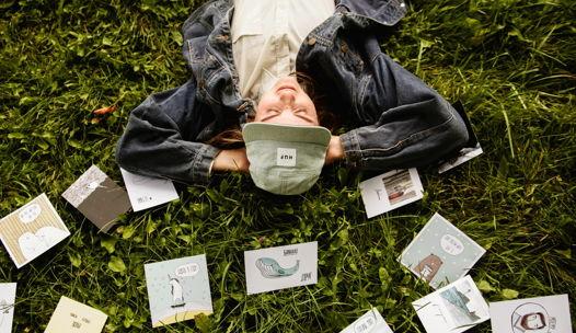 Набор из любых 15 открыток Yetti