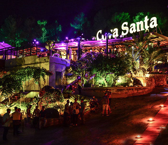 Day club Ibiza Cova Santa, open air parties