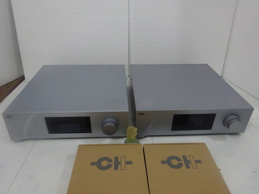 CH Precision D1 Reference  SACD/CD Player/Transport  – Free Shipping (230v)