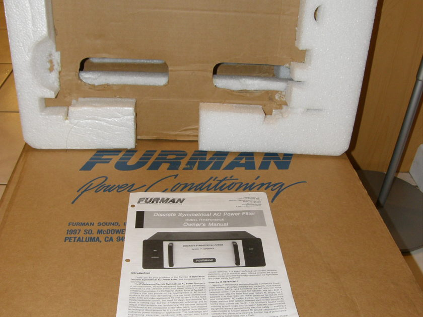 FURMAN IT-20 REFERENCE,  LIKE NEW, Obm, 66% DISCOUNT! WORLD CLASS AC POWER CONDITIONER, FROM DEALER